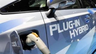Mașinile nepoluante achiziționate de români în 2017 vor depăși 1.000