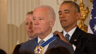 Barack Obama i-a acordat lui Joseph Biden distincția Medalia Libertății