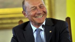 Băsescu explică de ce a fost invitat la parada de Ziua Națională