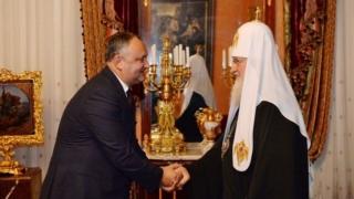Dodon l-a invitat pe Patriarhul Kirill al Moscovei la Chișinău