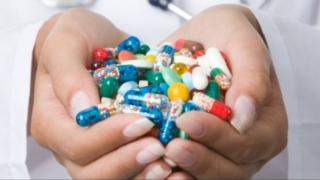 Mii de medicamente ieftine riscă să fie scoase din producţie, avertizează APMGR