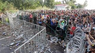 Merkel ameninţă statele UE care nu primesc suficienţi migranţi