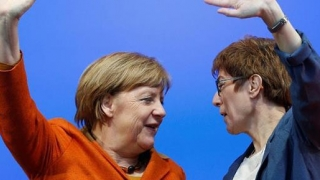 Pe cine susțin conservatorii germani la conducerea CDU în locul Angelei Merkel?