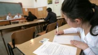 Peste 6.400 de profesori susţin examenul de definitivare în învăţământ