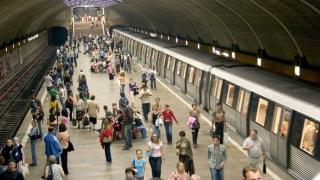Controale făcute de ISU la metrou, inclusiv în spaţiile comerciale