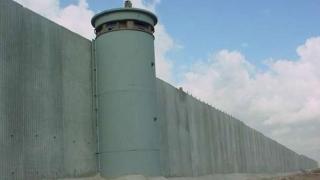 Mexicul afirmă că va răspunde simetric, dacă SUA introduc o taxă vamală pentru finanțarea zidului