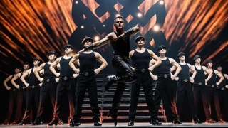 "Michael Flatley: Lord of the Dance - ""Dangerous Games"", la Bucureşti!"