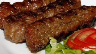 Mici infestaţi cu Salmonella! O parte din carne a ajuns deja în magazine