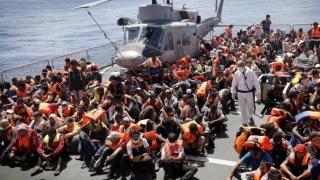 1.348 de persoane salvate sâmbătă în apele Siciliei