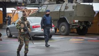 Prezența militarilor pe străzi în Belgia, prelungită