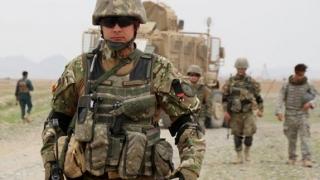 Povestea militarilor răniţi în Afganistan, spusă de camarazii lor