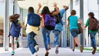 Elevii și preșcolarii vor intra în minivacanță