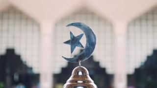 Ministerul Afacerilor Religioase face legi pentru clerici!  Ce nu mai au voie să facă