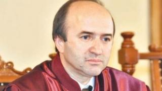 Ministrul Justiției a prezentat Comisiei de la Veneția un raport privind OUG 13, OUG 14 și proteste