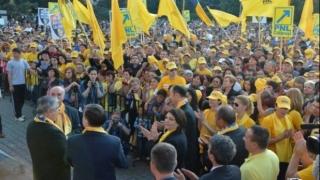 Liberalii constănțeni, prezenți la mitingul de susținere a lui Dacian Cioloș