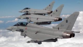 Avioanele britanice Typhoon venite la Constanța încep misiuni de poliție aeriană