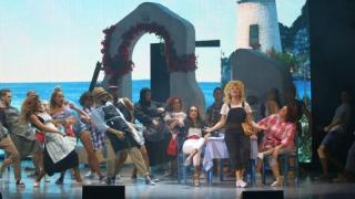 """Musicalul """"MAMMA MIA!"""" revine la Constanţa, cu nume celebre"""