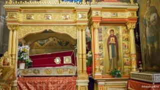 Aproape 80.000 de credincioşi s-au închinat la racla Sf. Cuvioase Parascheva