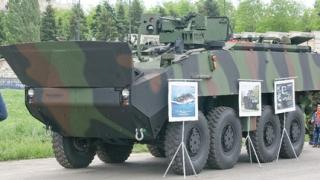 Modernizarea Armatei Române: transportoare blindate americane, fabricate la noi în țară