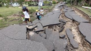 Un mort și 25 de răniți, într-un cutremur în Filipine