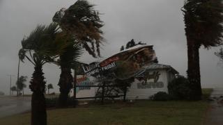 Morți și zeci de răniți în Texas, în urma uraganului Harvey