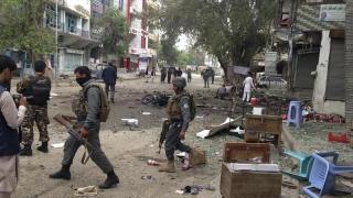 Morţi şi răniţi într-un atac sinucigaş, în Jalalabad