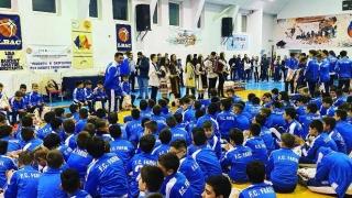 Moş Crăciun a venit şi la Centrul de Copii și Juniori de la FC Farul