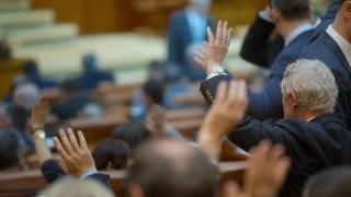 Moţiunea de cenzură, votată joi. Iordache: Nici ei nu-şi doresc să treacă...