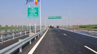 Motiv pentru care nu se deschid autostrăzi în România: nu sunt bune becurile