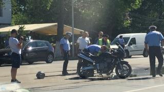 Motociclist rănit! Nu i s-a acordat prioritate pe bulevardul Mamaia