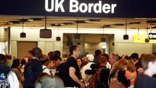 Peste 230.000 de români lucrează în Marea Britanie, cei mai mulți în producție