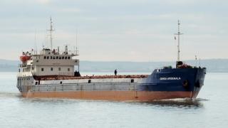 O navă sub pavilion panamez, naufragiată în Marea Neagră. Cinci marinari, salvați