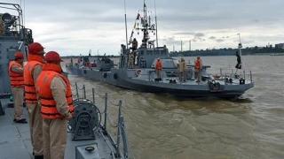 Nave militare fluviale şi sute de marinari, în instrucţie pe Dunăre