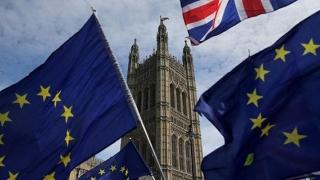 Theresa May cere consimţământul explicit al Camerei Comunelor