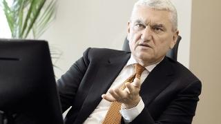 Mișu Negrițoiu: Hopuri pe piața asigurărilor obligatorii și a fondurilor de pensii