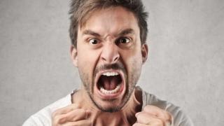 Supărat pe șoferii de taxi sau comercianți? Pune-i la respect!