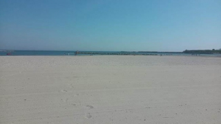 Păzea! Sectoare de plajă, scoase la licitație!