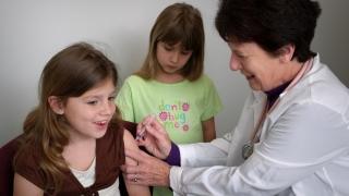 Când intră în normal programul de vaccinare a copiilor
