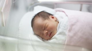 """Alţi trei bebeluşi de la Maternitatea Giuleşti, internaţi la Spitalul """"Grigore Alexandrescu"""""""