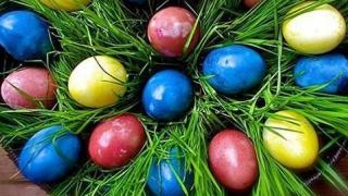 JOIA MARE: NU se spală rufe, nu se coase, se vopsesc ouăle, se coc cozonaci