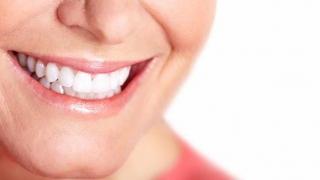O boală cu două tăișuri! Ce beneficii are scrâșnitul din dinți