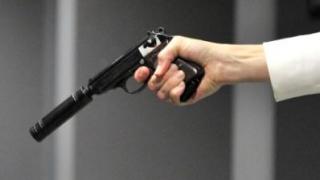 Ofertă de asasinat, amenințări cu moartea și șantaj