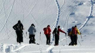 Tânără olandeză, găsită moartă în urma unei avalanşe din staţiunea franceză Valfréjus