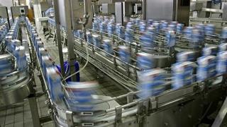 O Lege a laptelui ar scoate falsurile de pe piaţă