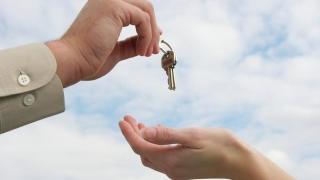 Subvenția pentru chirie ne ajută pe noi sau umflă imobiliarele?