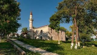 Cea mai veche moschee din România se află la Mangalia! Cine a reconstruit-o