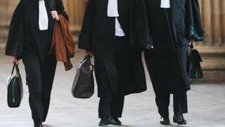 Onorariile avocaţilor, majorate cu 141%!