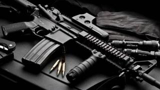 Operaţiune monstru! 560 de persoane implicate în traficul cu arme, arestate!