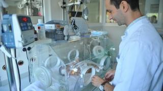 În doi-trei ani, spitalele de stat riscă să rămână fără medici