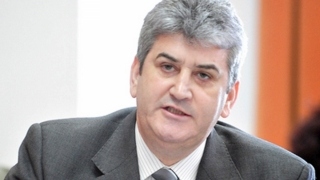 Gabriel Oprea, audiat de procurori